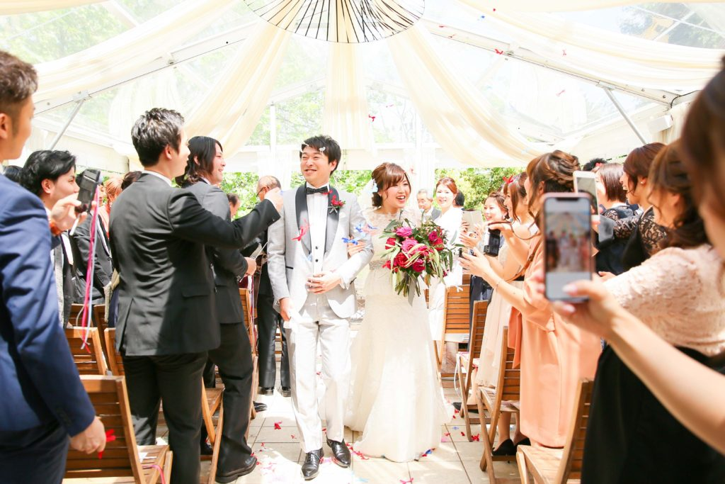 結婚式カメラマンおすすめ!2カメ写真撮影の魅力【mint】持ち込みカメラマン